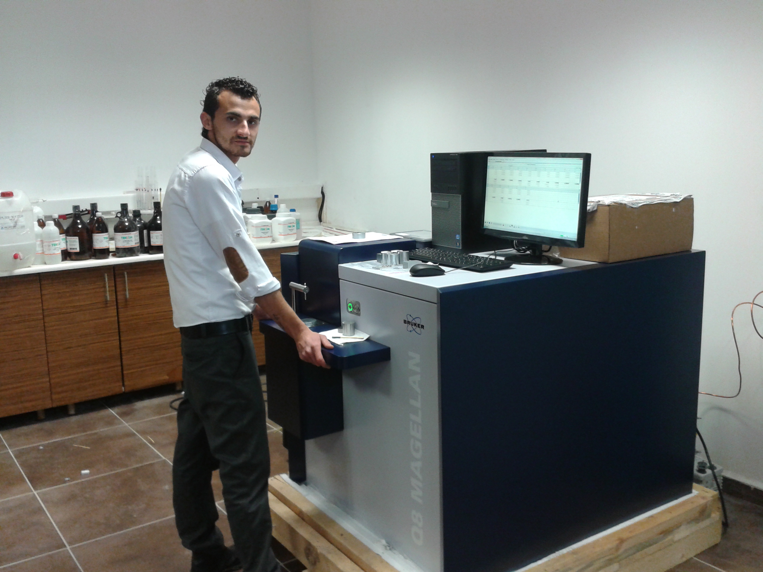 Q8 Magellan Spectrometer Chemical Analyzer Micha Galvanized Steel Construction sec. A. Ş.Firmasına have been delivered, and training was provided.